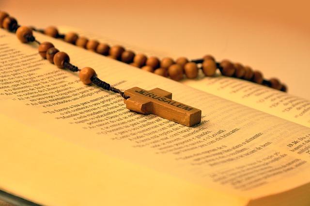 Różaniec na otwartym Piśmie Świętym