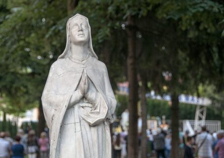 figura Matki Bożej