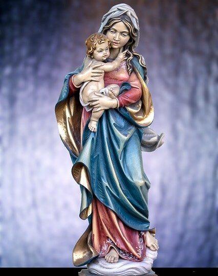 Figura Maryi z Jezusem