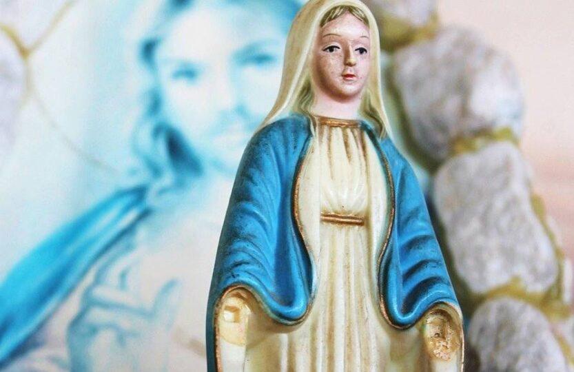 figurka Matki Bożej